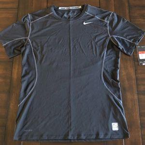 NWT Nike Dri-Fit Training Fitted Performance shirt